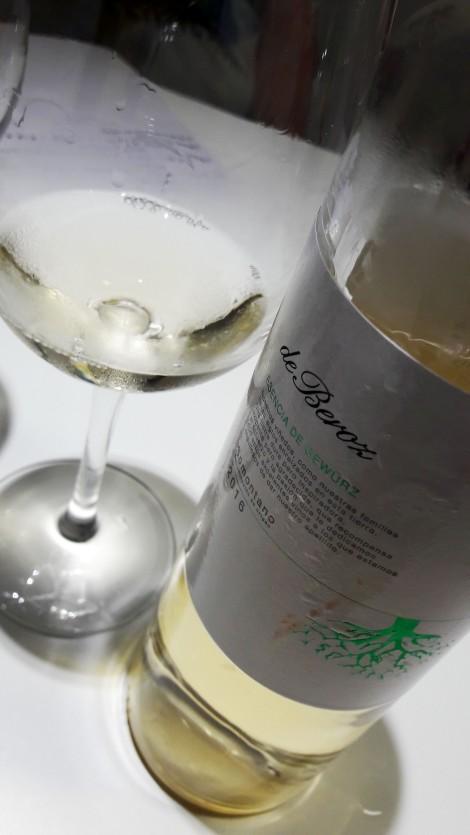 taller_aromas_vinos_blancos_de_beroz_esencia_de_gewurz