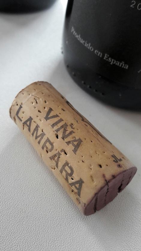 Tapón de corcho del vino Viña L´Ampara Garnacha.