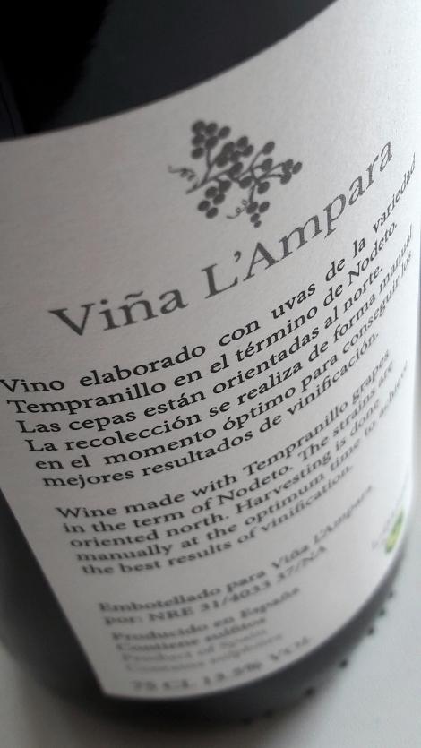vina_l_ampara_tempranillo_contra_etiqueta