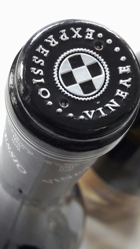 vineae_expressio_chardonnay_capsula_botella