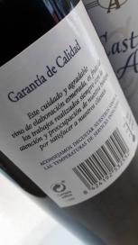 Contra etiqueta del vino Castillo Alto.