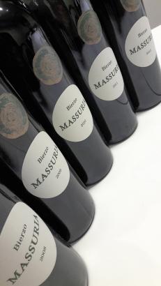 Las cinco añadas de Massuria listas para ser catadas.