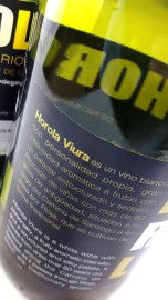 Contra etiqueta del vino Horola Viura.