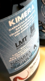Contra etiqueta del vino Kimera.