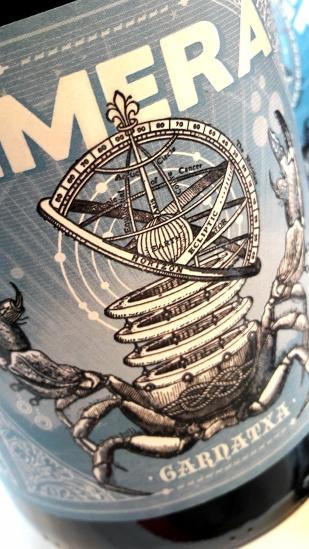 Etiquetado de la botella del vino Kimera.