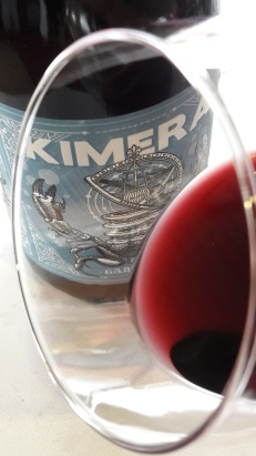 El ribete del vino Kimera.