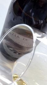 Ribete del vino Luzia de Ripa 2015.