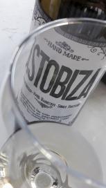 Detalle del vino Txakoli Astobiza 2016.