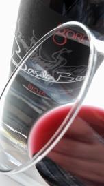 Ribete del vino garnacha de Basilio Berisa.