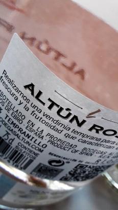 Contra etiqueta del vino Altún Rosé 2017.