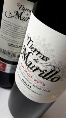 Etiquetado del vino Tierras de Murillo Crianza.