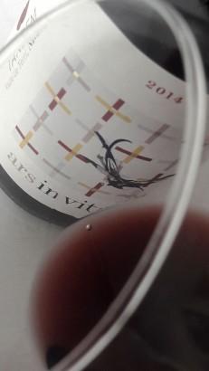 Detalle del ribete del vino Ars in Vitro 2014.