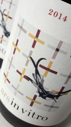 Etiquetado del vino Ars In Vitro 2014.