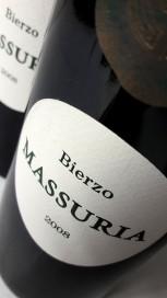 Etiquetado del vino Massuria 2008