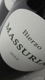 Etiqueta del vino Massuria 2012.