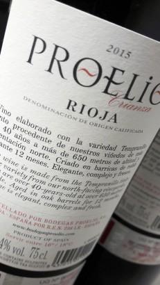 Contra etiqueta del vino Proelio 2015.