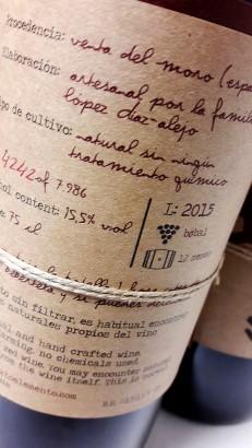Etiquetado del vino Sexto Elemento 2015.