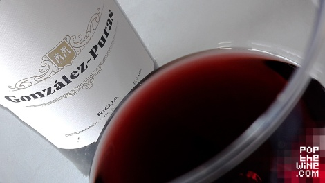 gonzalez_puras_crianza_color_vino_copa