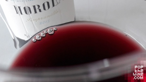 horola_tempranillo_2015_color_vino_copa