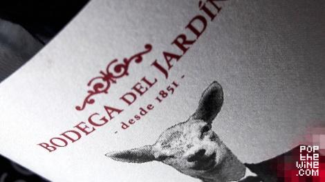 1_pulso_detalle_etiqueta_botella_vino